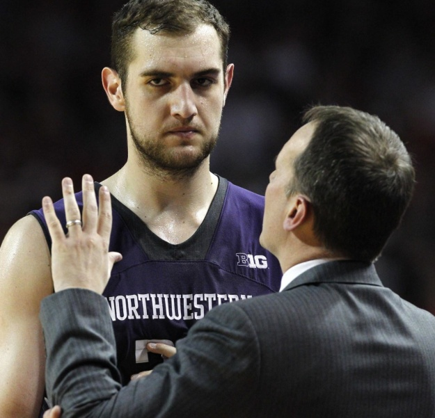 Alex Olah seems somewhat skeptical of his coach's ban on offensive boards. (Chicago Tribune photo.)